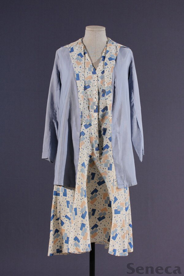 A day suit from the 1920s with an icon Art Deco pattern (and square, not round buttons!)